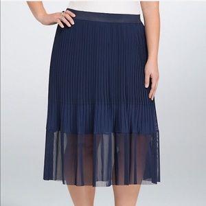 Torrid Navy Pleated Midi Skirt Mesh Panel, Size 4X